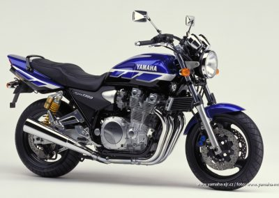 2000-XJR1300SP Blue Black (DPBMC)