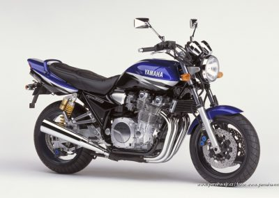 2002-XJR1300 Deep Purplish Blue (DPBMC)