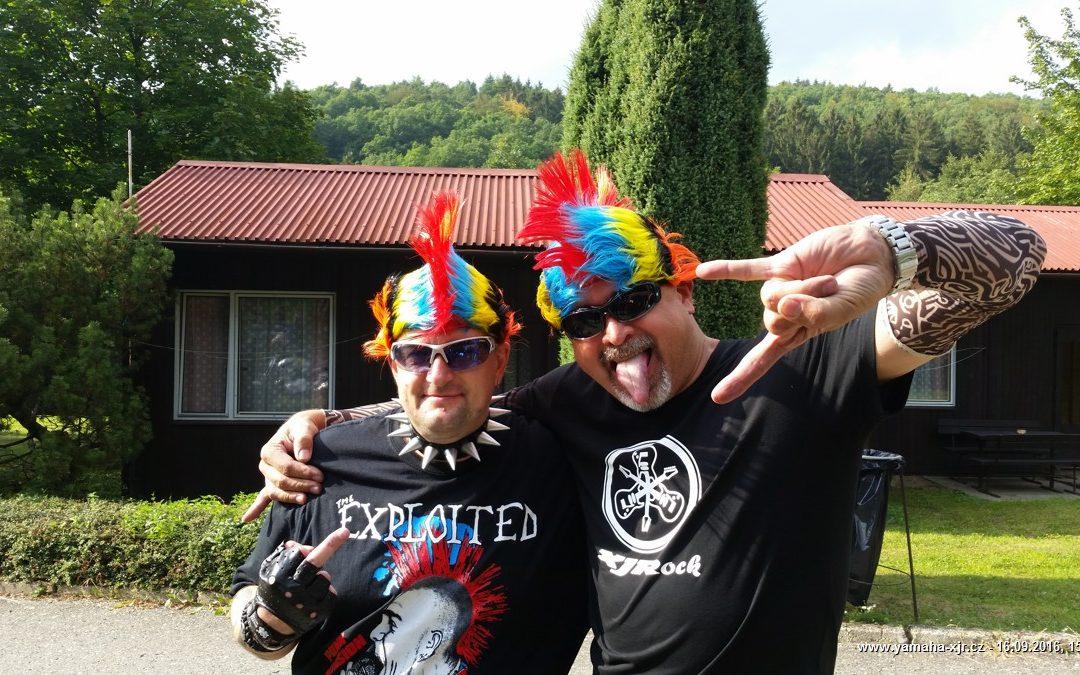 32. sraz XJR – Rockerský, kemp Dešná